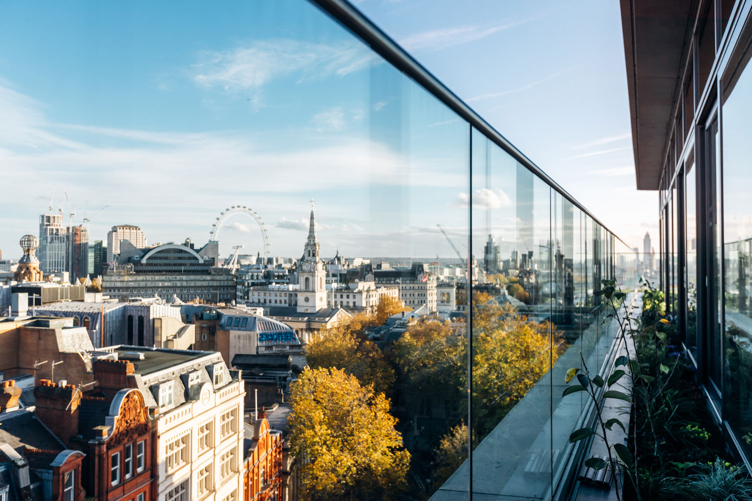 the view - Vast floor to ceiling glass windows frame the room, offering every seat in Garden Room spectacular views across central London. Iconic landmarks, such as the London Eye, The Shard and Nelson's Column, can be easily spotted providing an unmissable, stunning backdrop for dinner and drinks.