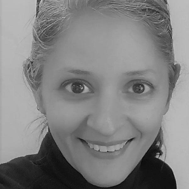 ZAINAB KHAN - Head of HR Consulting