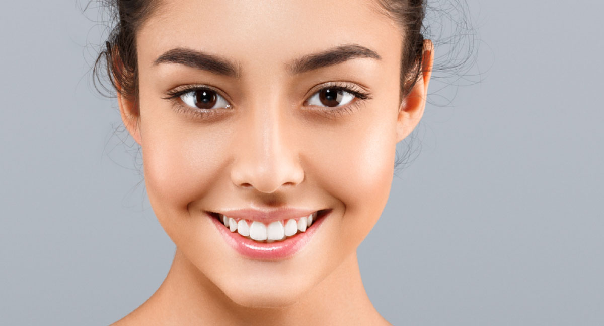 """DERMAPLANE - This is an effective and popular skin exfoliation procedure. It features a mechanical exfoliation technique to thoroughly remove excess dead skin cells and that often frustrating """"peach fuzz"""". Your skin will look and feel fantastically smoother!45 mins, $70"""