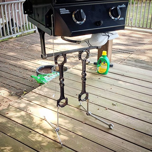 This #tinkerit build #4thofjuly project was an #upcycle grill I got from a #fleamarket I love #weldingart . . . . #makersgonnamake #makermade #indiantrailnc #weldernation #clt #metalcraft #welding #weldinglife #madewell #recycled #repurposed