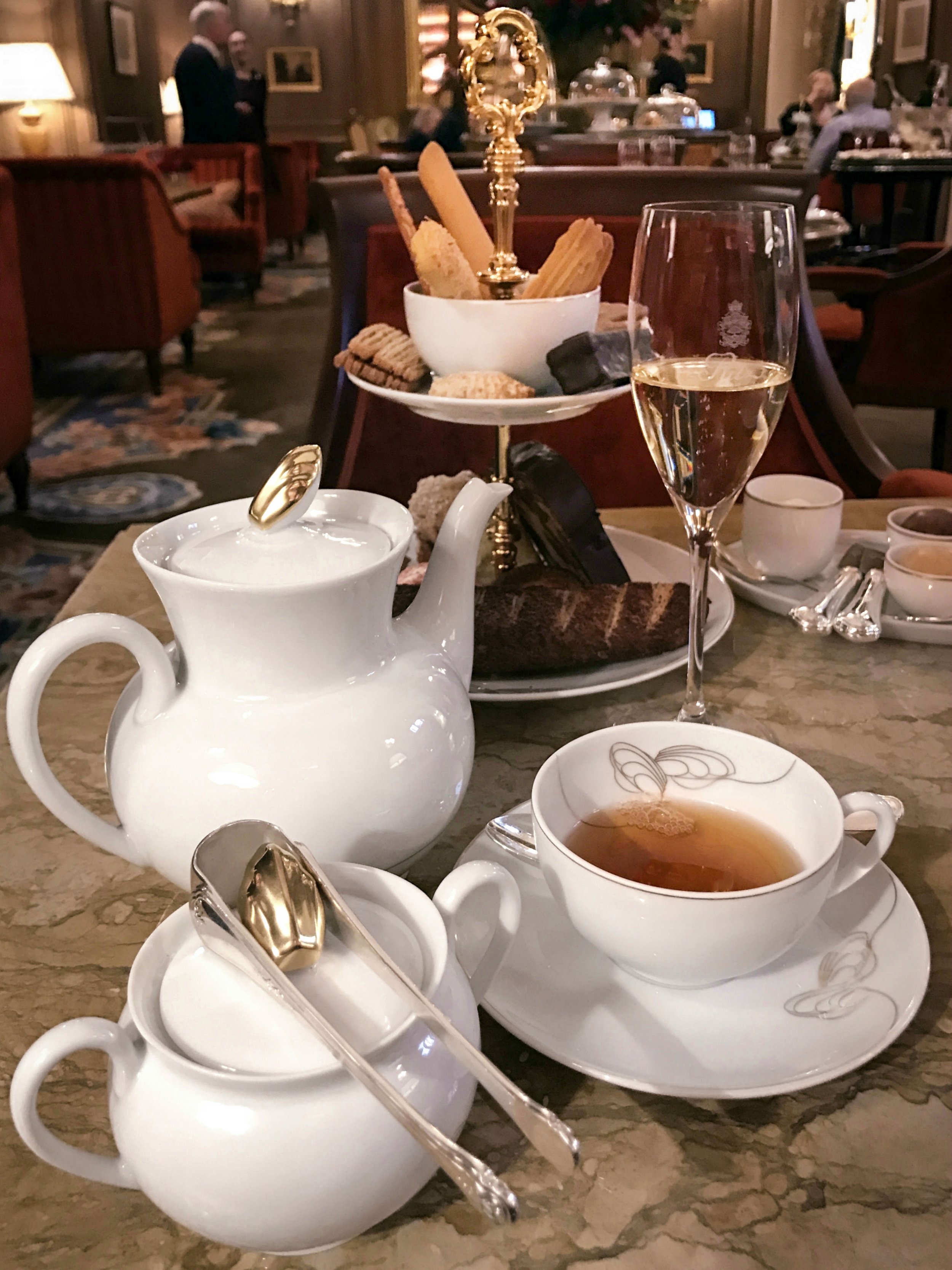 thé au Ritz.jpg