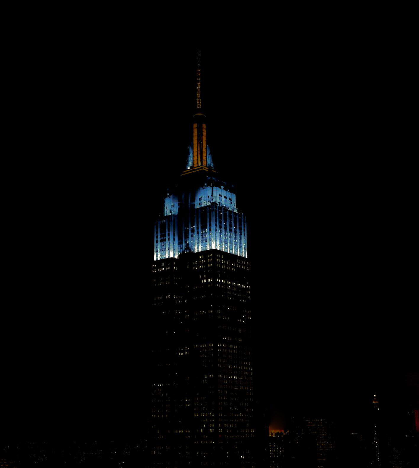 Empire State October 4 - Blue & orange for the 2019-20 home opening night of the New York Islanders