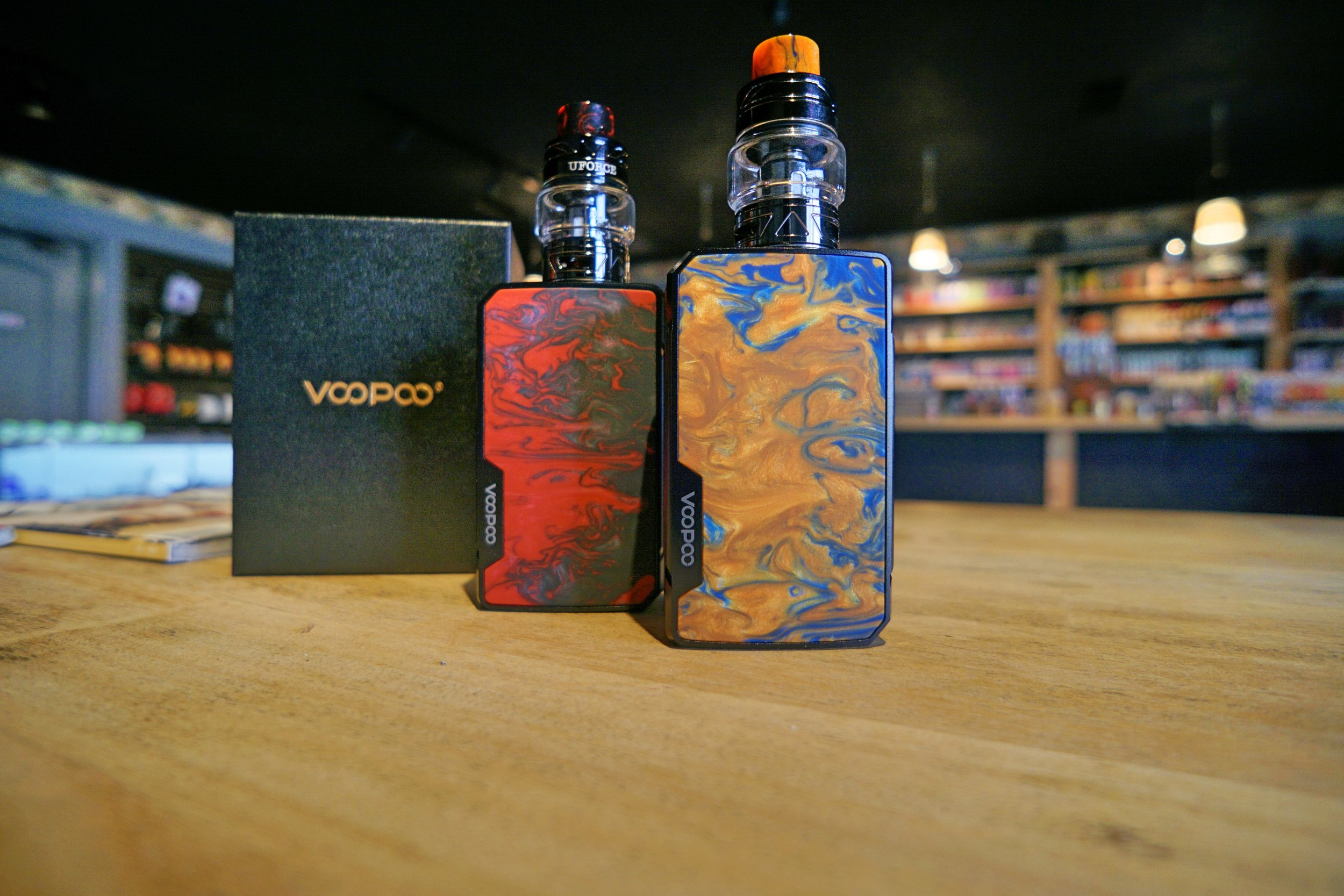 "Voopoo Drag 2 Kit   The Voopoo Drag 2 Kit features the Drag 2 TC Box Mod using the Gene.FIT chip, and powered by x2 18650 battereis (not included). The device packs 5-177w of power, up to 7.5v output voltage and a 0.05-5.0ohm resistance range. The custom Gene.FIT chipset features ""FIT Mode,"" which auto-detects sub-ohm tanks and accordingly adjusts outputs between three presets: battery-saving, max flavor and cloud chaser mode. The temperature control suite supports nickel, titanium and stainless steel, with a temperature range of 200-600°F. The Drag 2 is a smart box mod to boot, with a full safety suite including short-circuit, reverse polarity and over current protections.  The bundled U-Force T2 Tank is a 24.6mm diameter sub-ohm tank with 3.5ml standard capacity (8ml max), a 14mm wide bore drip tip and triple bottom adjustable airflow. You get two U-Force coils with the tank: a 0.4ohm U2 standard coil rated for 55-65w, and a 0.2ohm N3 triple mesh coil rated for 75-85w. Drag 2 177w TC Kit is an excellent choice for a power, versatility and plenty of stable vaping presets."