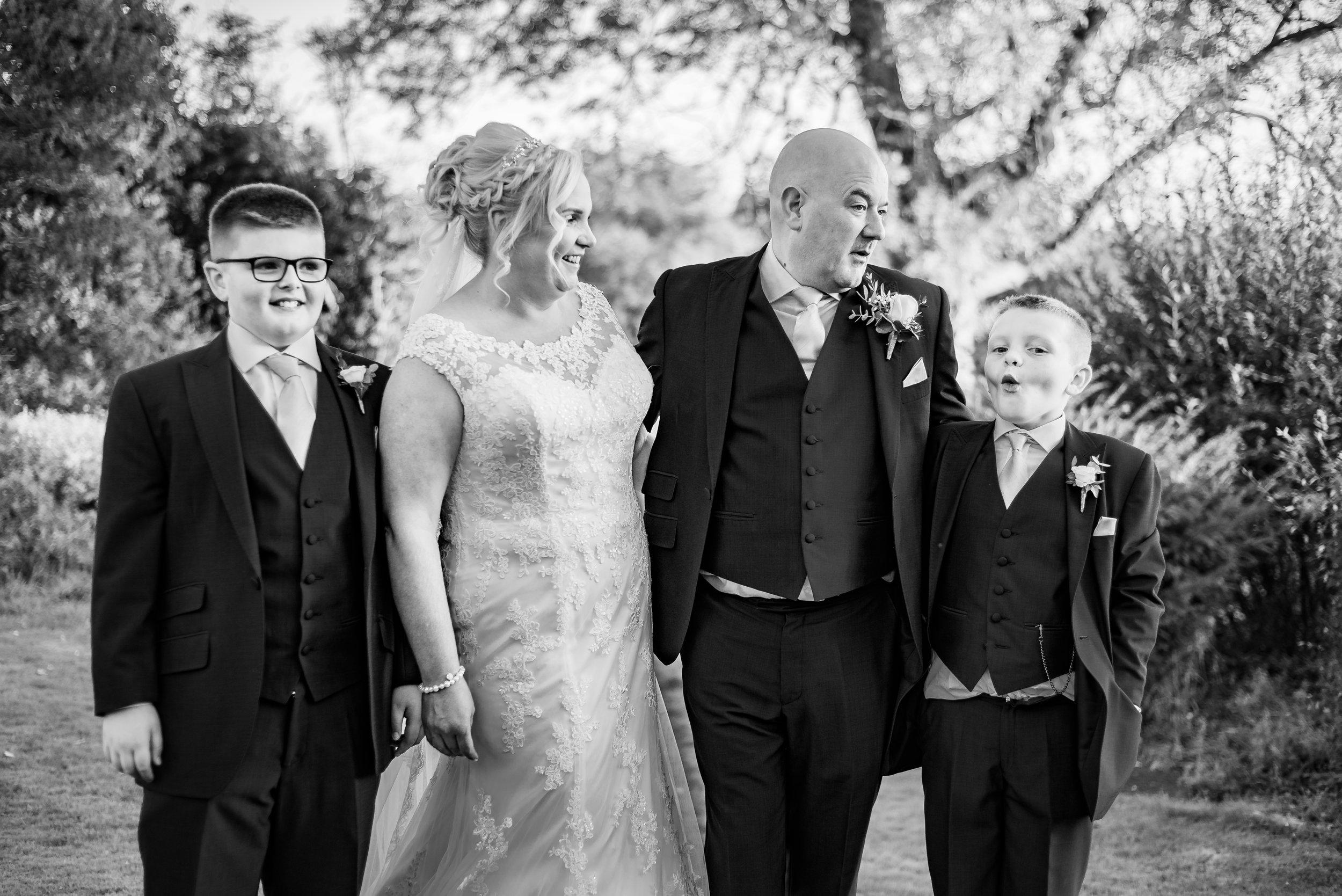 gorgeous family wedding photography dana lewis