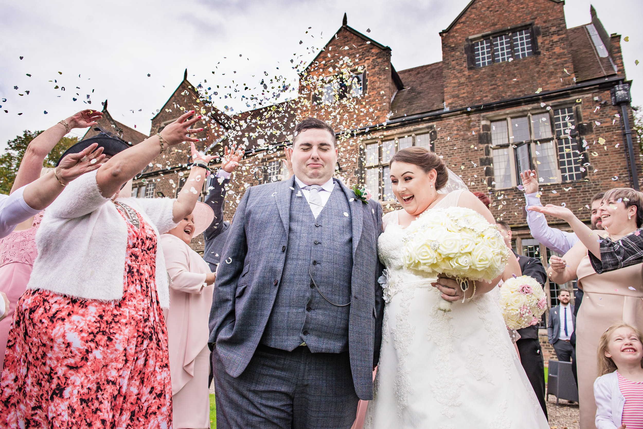 castle Bromwich hall hotel wedding photography Confetti