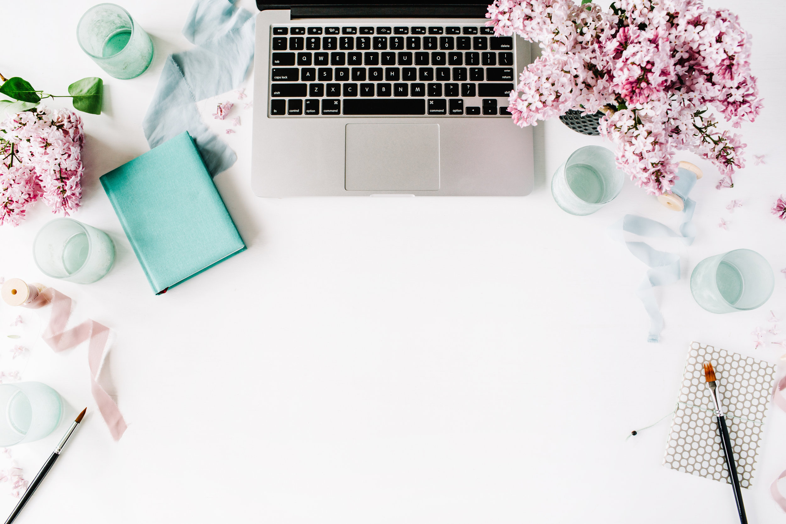 Social Media & Web Design for Busy Biz Owners. - Does this sound like you?- You're too busy to think about social media.- You don't exactly know what a hashtag is.- You lack inspiration with your online presence.