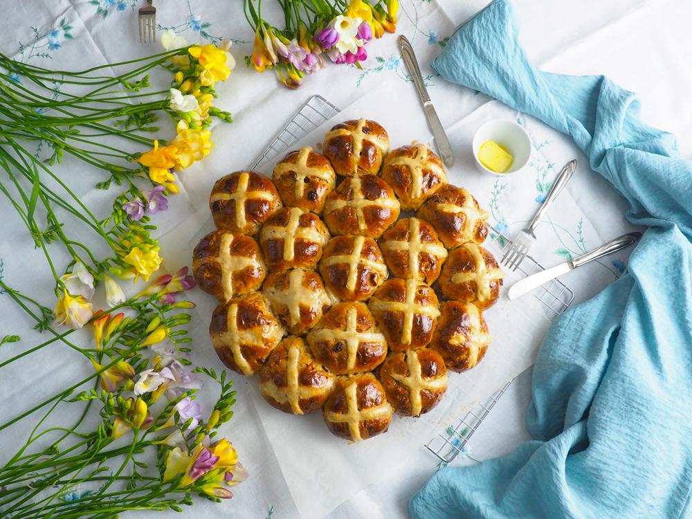 hot-cross-buns-1.jpg