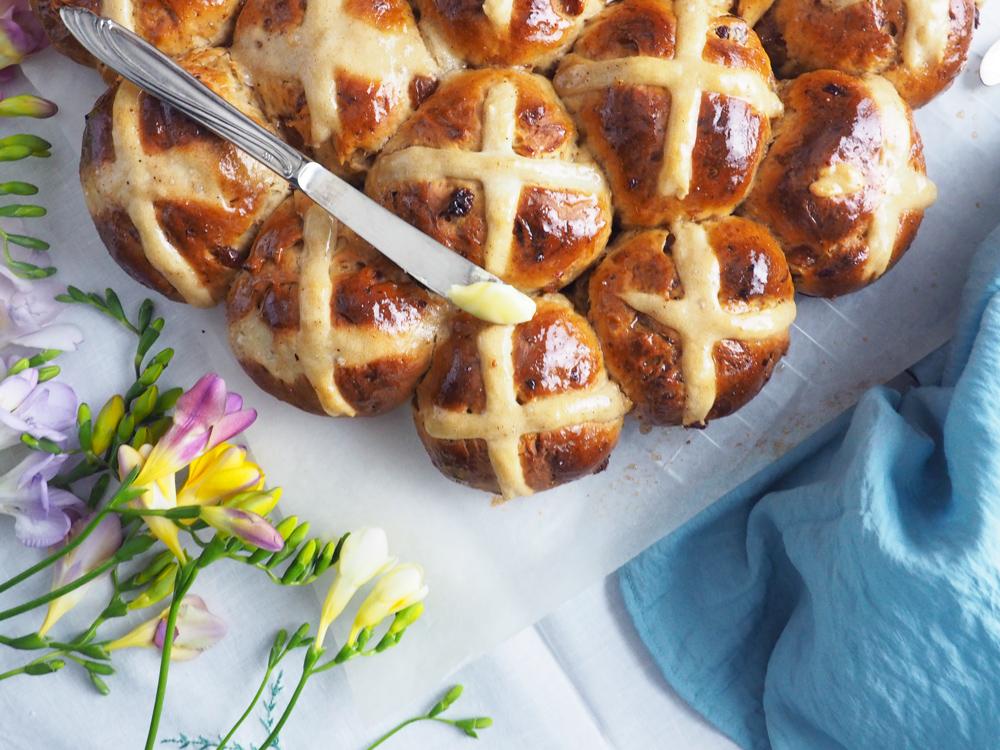 hot-cross-buns-3.jpg