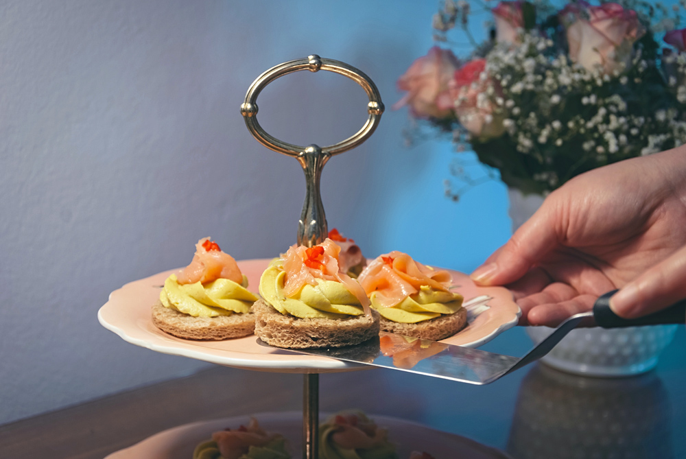 avocado-sandwiches-3.jpg