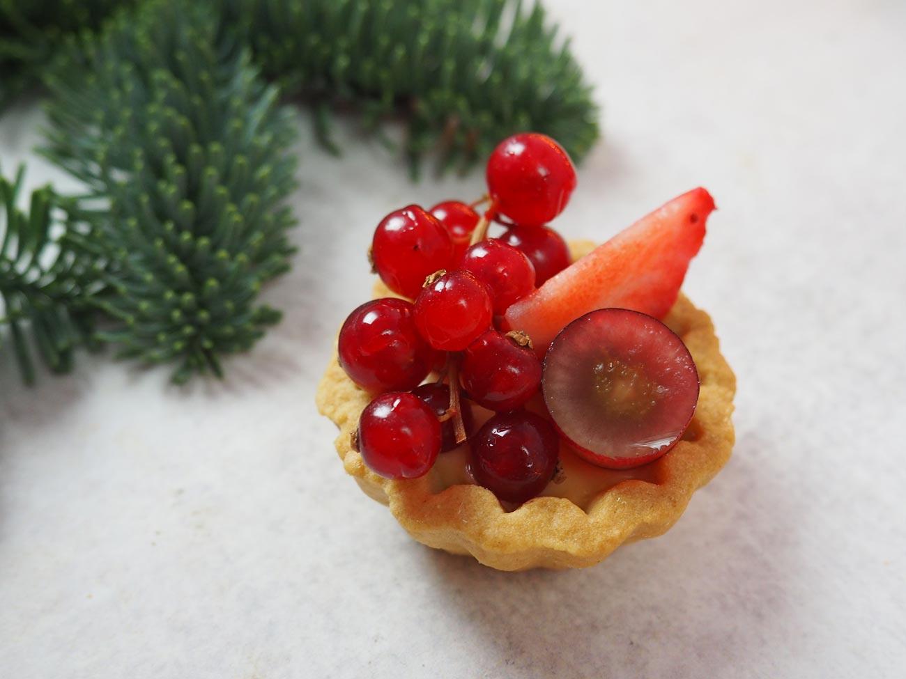 red-fruit-tarts-3.jpg