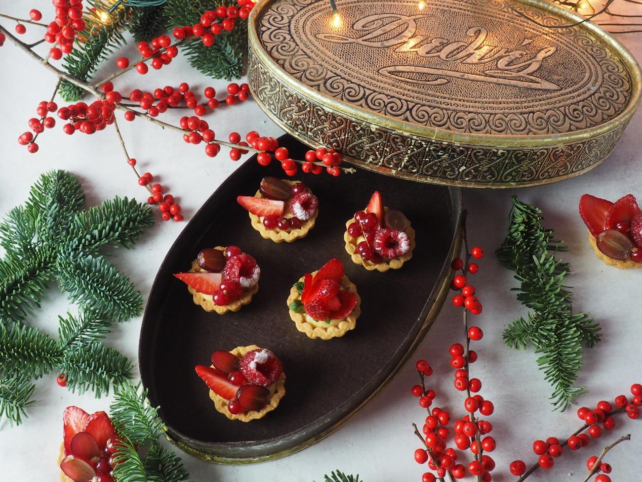 red-fruit-tarts-2.jpg