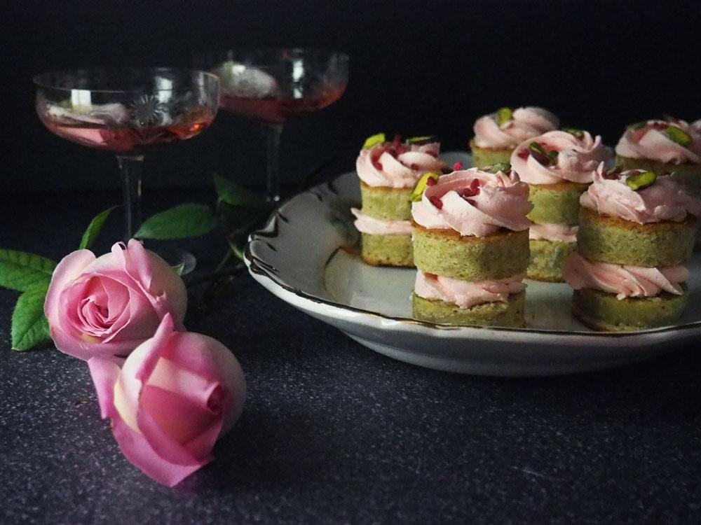 persian-lovecakes-1.jpg