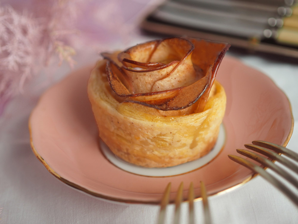 rose-apple-tartelettes-4-web.jpg