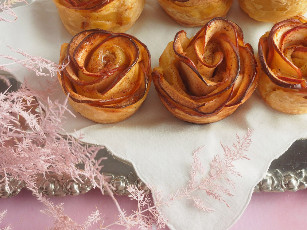 rose-apple-tartelettes-5-web.jpg