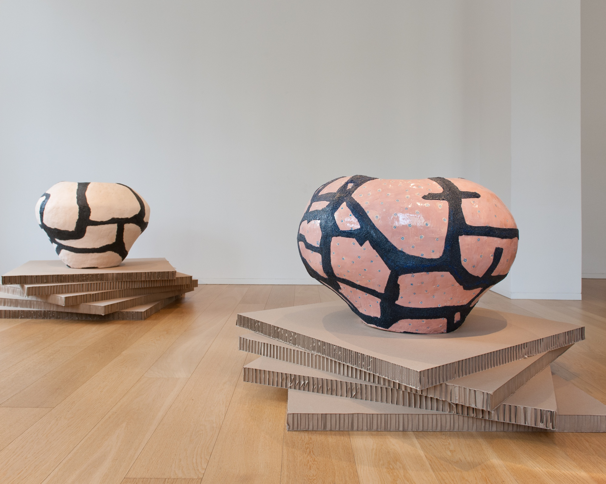 Untitled  2011 Clay, epoxy 80 cm, 120 cm diameter