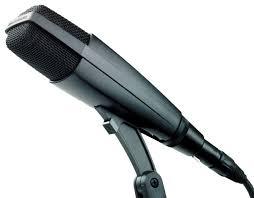 Sennheiser MD 421 - A Sennheiser dynamic microphone.