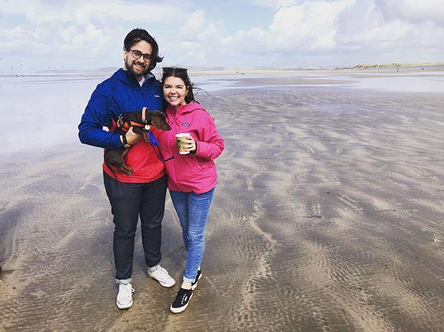 Babies, beach walks and besties 🥰