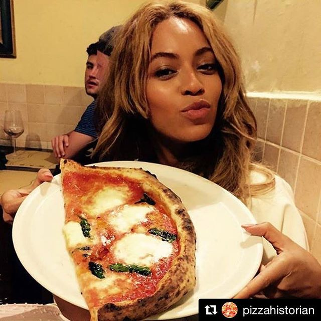 Who wants a slice of Queen Bae's pie? . . . #Repost @pizzahistorian with @get_repost ・・・ Queen Beyoncé with a pie🍕 . . . . #Pizza #PizzaHistory #PizzaHistorian #PizzaLovers #Pizzeria #PizzaIsBae #wholovespizza #pizzapics #instapizza #foodies #foodporn #pizzaforever #instafood #foodie #foodstagram #foodpics #foodpic #food #nomnom #cheesepull #history #foodhistory #historian #Beyonce #Celeb #QueenB