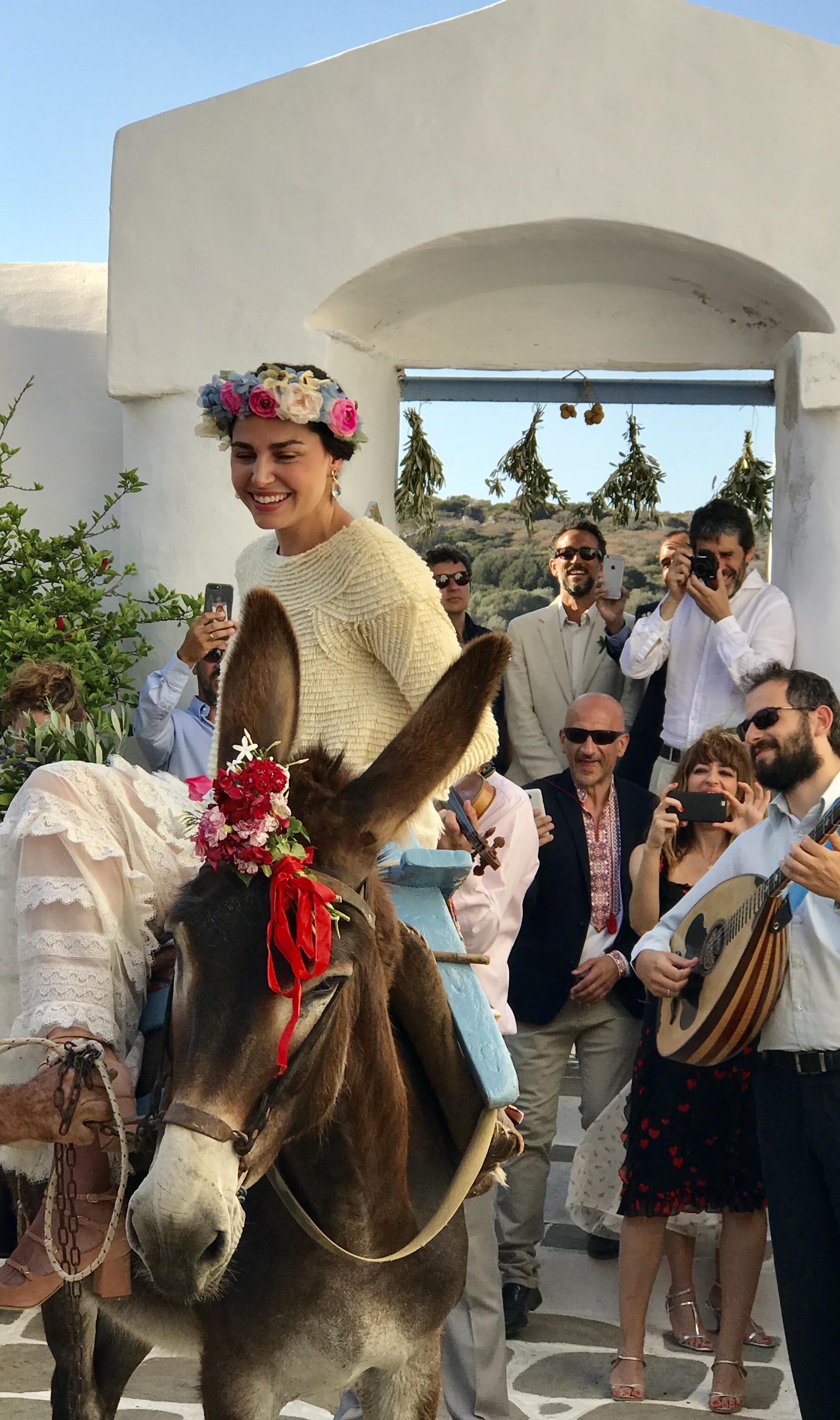 Entrada de la novia en la ceremonia