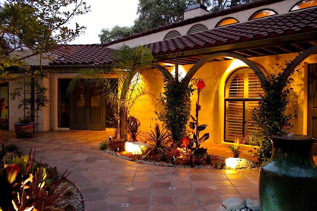 courtyard side 1.jpg