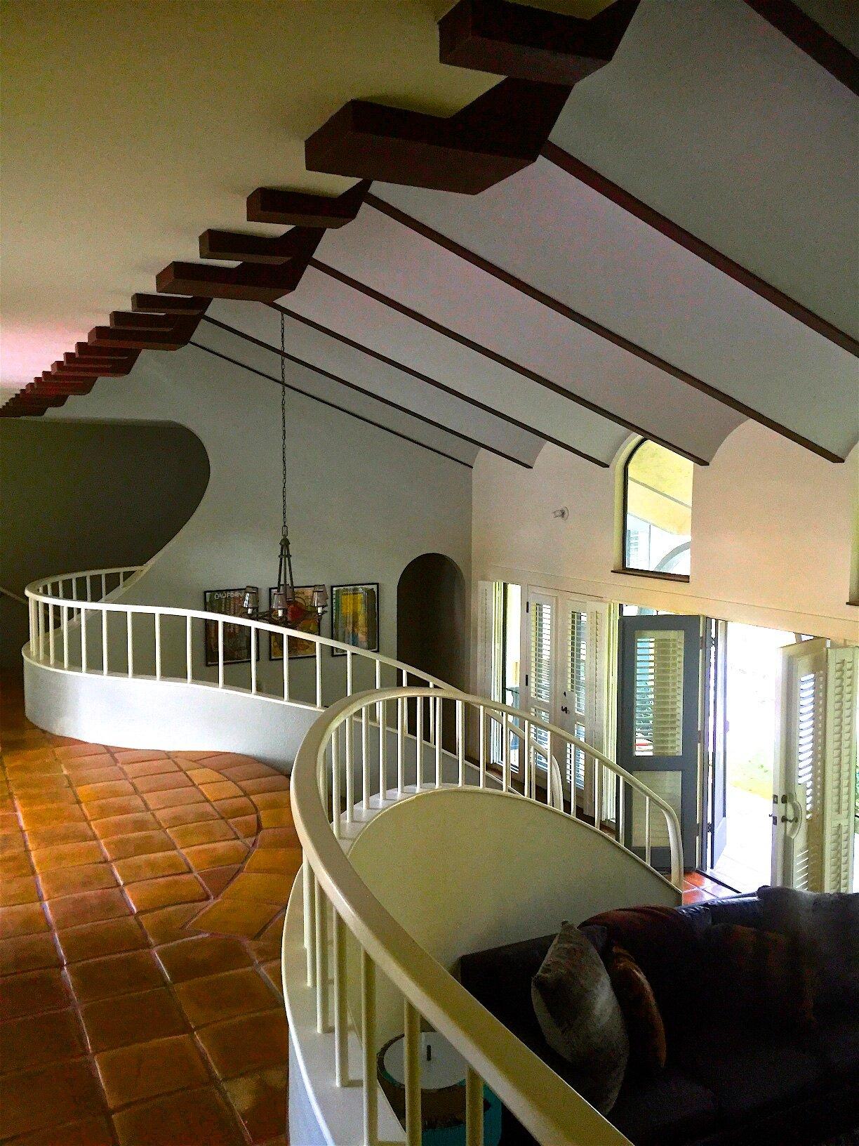 Hallway 4.jpeg