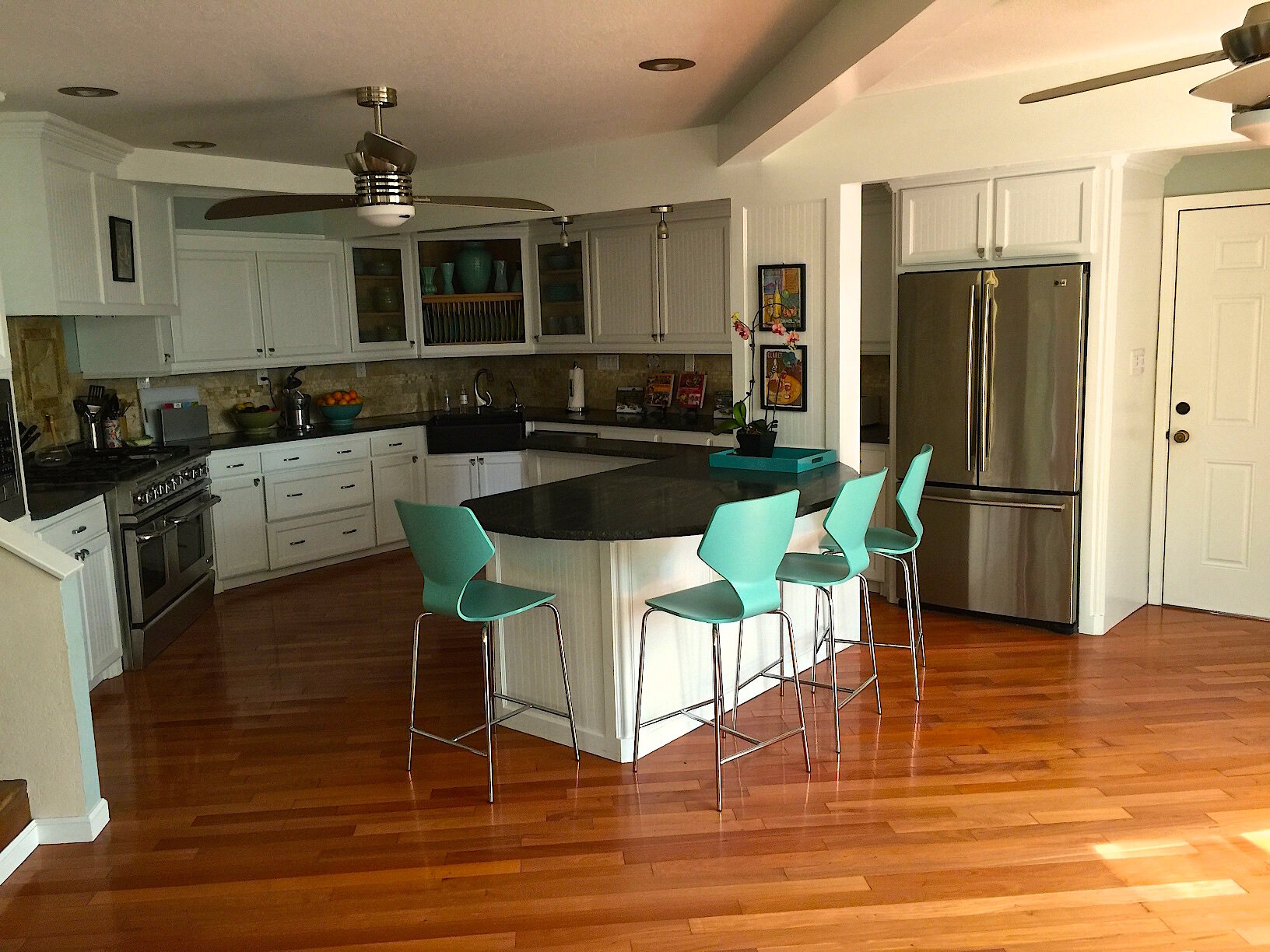 Kitchen Zoe.jpg