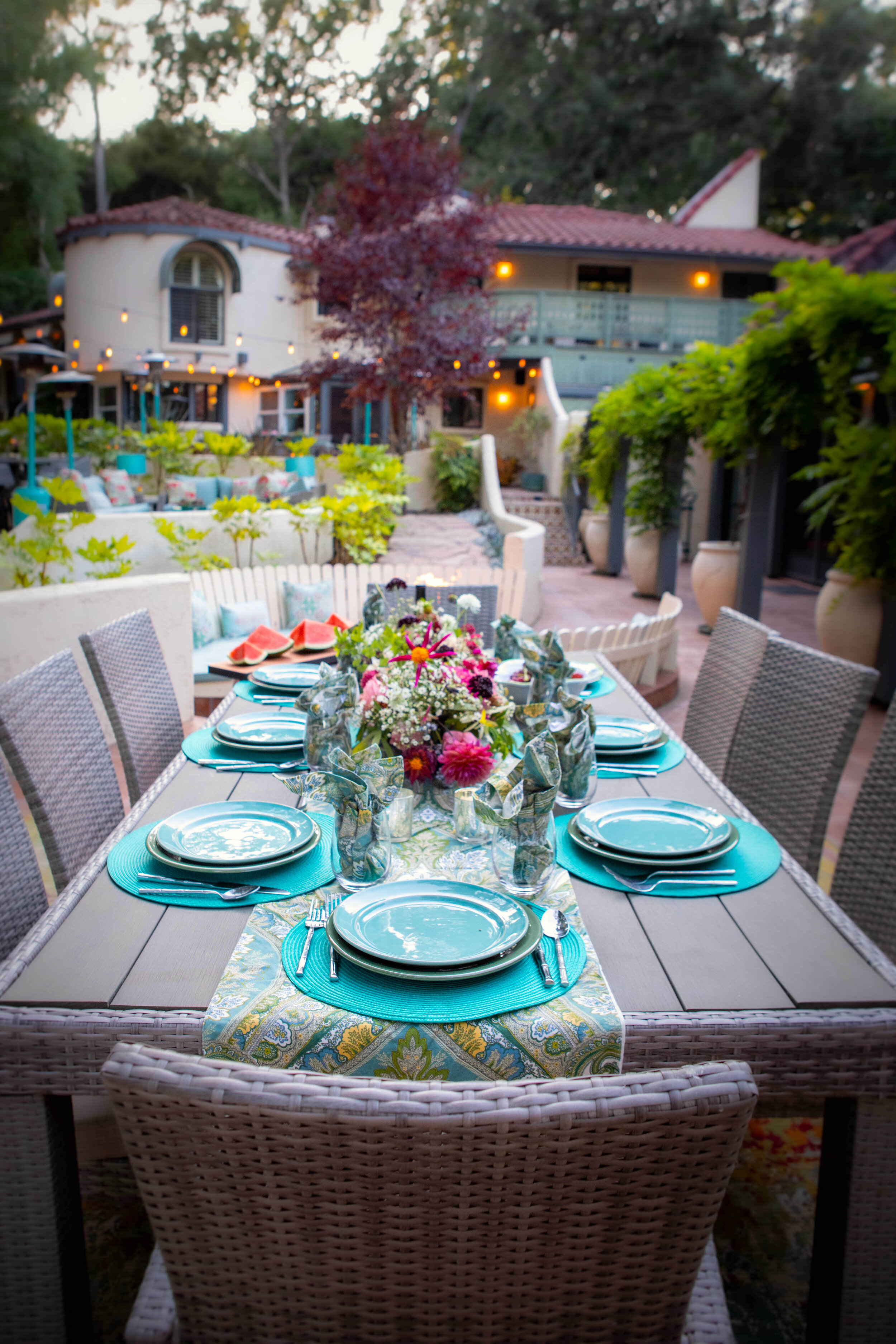 Casita Table Looking at House.jpg