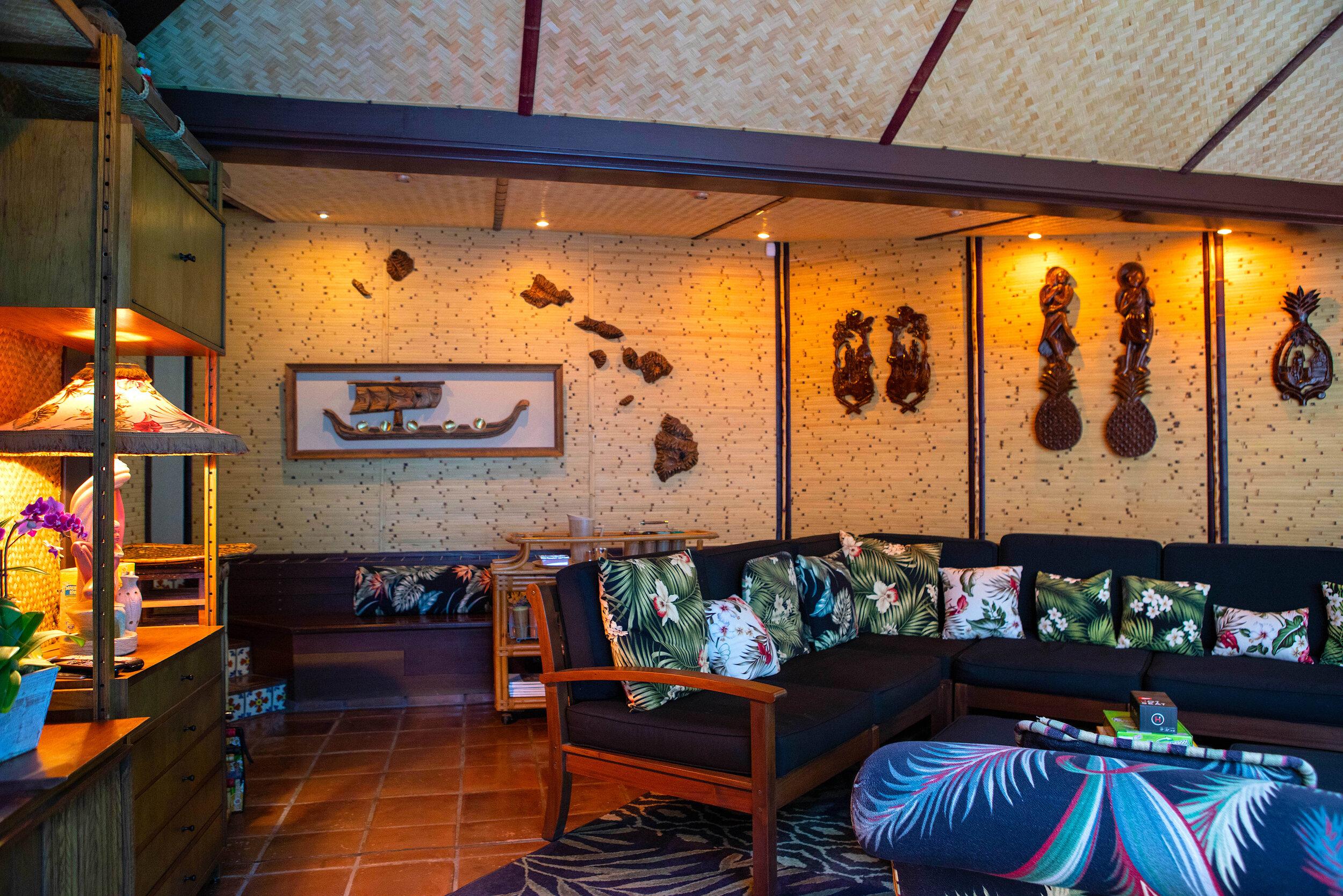 Tiki Lounge Dina.jpg