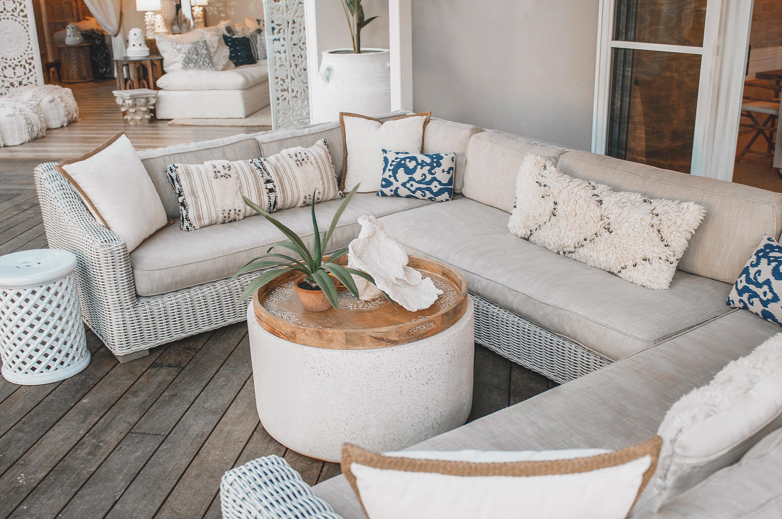 Barellen-2f-Beach-Side-Deck---Sofa-Lounge-DSC_6533.jpg