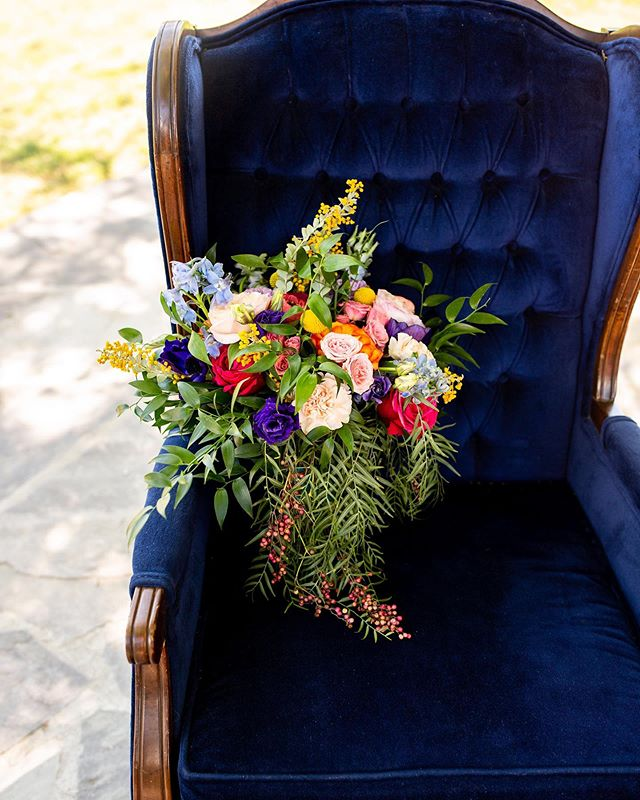 Think I'll just sit here in this old blue chair ✨ • • • Creative Director & Photographer: Christine Marie w/ @lomonicophotography Wedding Coordinator and Co-Director: Jill McCarty w/ @ Coutureeventsbyjill Wedding Venue: Katherine & Nolan w/ @GrueneEstate Custom Catering: Tyler Olsen w/ @Harveyjacobscatering Wedding Dresses: Ashley Orr w/ @Celebrationsbridalandprom Florals: Megan Reiley w/ @reileyandrose Cake: Rhonda Hollon w/ @cakes_couture80  Rentals: Emily Kellar & Becky Bradbury w/ @Relicrentals.nb + Ashley Henry w/ @mintagerentals Calligrapher: Emily Kellar w/ @kellardesign The Wild Caravan ft. Smoothies: Ashley Henry w/ @mintagerentals Custom Balloon Creations + Decor: Claudia Flotte w/ @luabash Hair + MUA: Amber Asher w/ @vixen_hair_makeup Invitations: Brandi DeLoach w/ @Theprintedbride Rings: @celebrationsbridalandprom @ernestosjewelry + @helzbergdiamonds + @jcpenney  Wedding Planning Journal: Katie Pennington w/ @theknotkeeper Models: Emily Claire Kellar @_eck + Katie Gratia @katiegratia + Trey Ryan @traveling_cowb