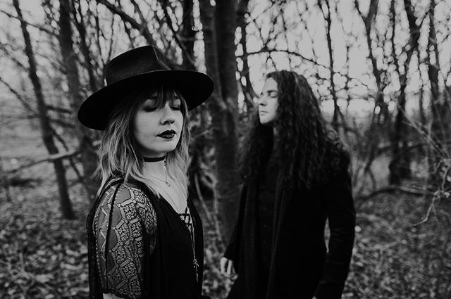 Hello Fall, we've been waiting for you🍂 📸: @madi.rae.jones  #firstdayoffall #jipsiband #autumnequinox #witchywoman #blackandwhite