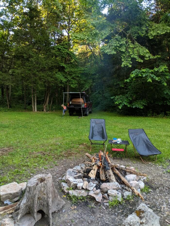 Free campsite to save money on a budget road trip