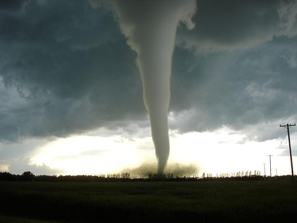 tornado_Attribute-Justin1569 at English Wikipedia.jpg