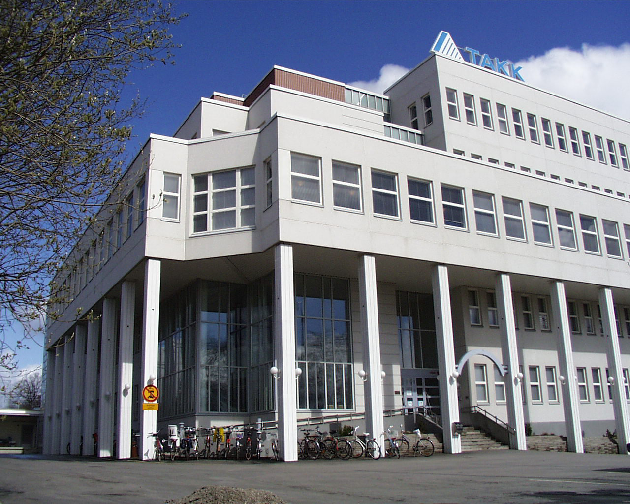Tampereen Aikuiskoulutuskeskus TAKK, Tampere