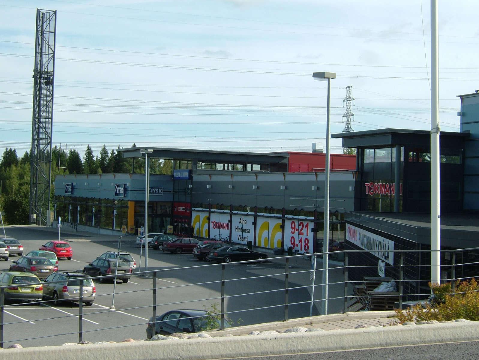 Lentolan Liikekeskus, Kangasala