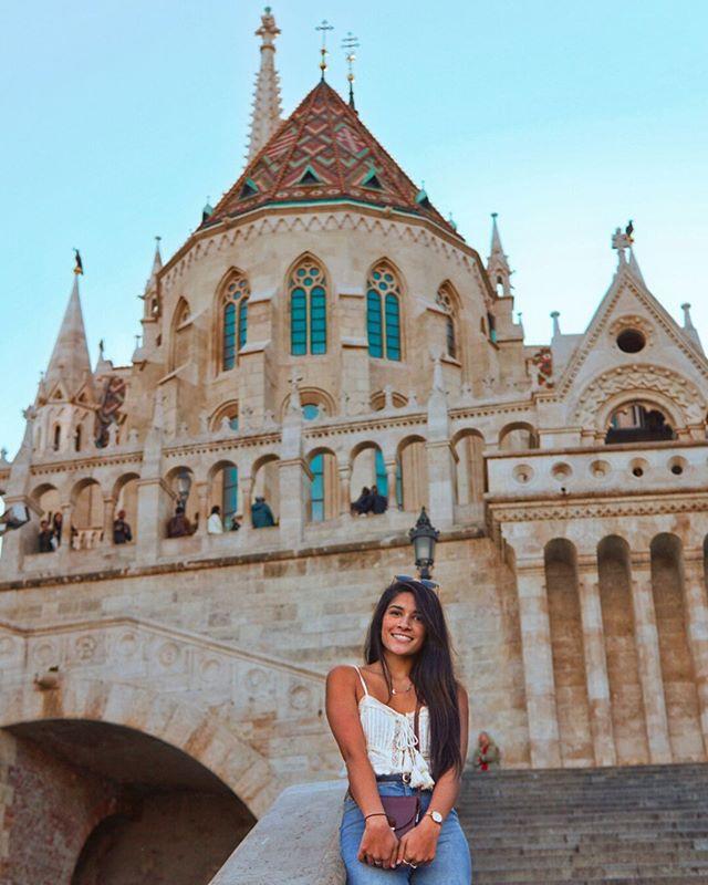 Budapest left me Hungary for more!😋🍕 . . . #budapest #visitbudapest #budapeste #budapesthungary #visithungary #budapesthungary #budapesthungaryblog #travelbudapest #budapesttravel #eurotrip #girlstraveleurope #wearetravelgirls #topeuropephotos #topeurope #bestofbudapest #journeysofgirls #travelgirlshub #travelcommunity #besttravelpics #travelgirlsgo #travelwomen #womentravel #besteuropepics #bestcommunitytravel #wanderontravelcommunity #womentravel #thewanderingtourist #sheisnotlost #roamingwomen #roamingnaomi