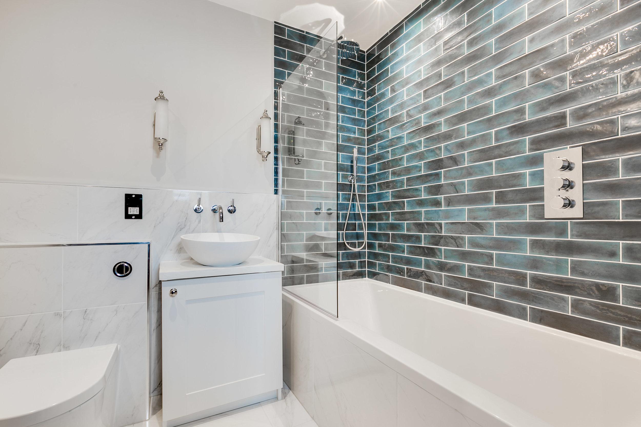 B_Bathroom 1.jpg