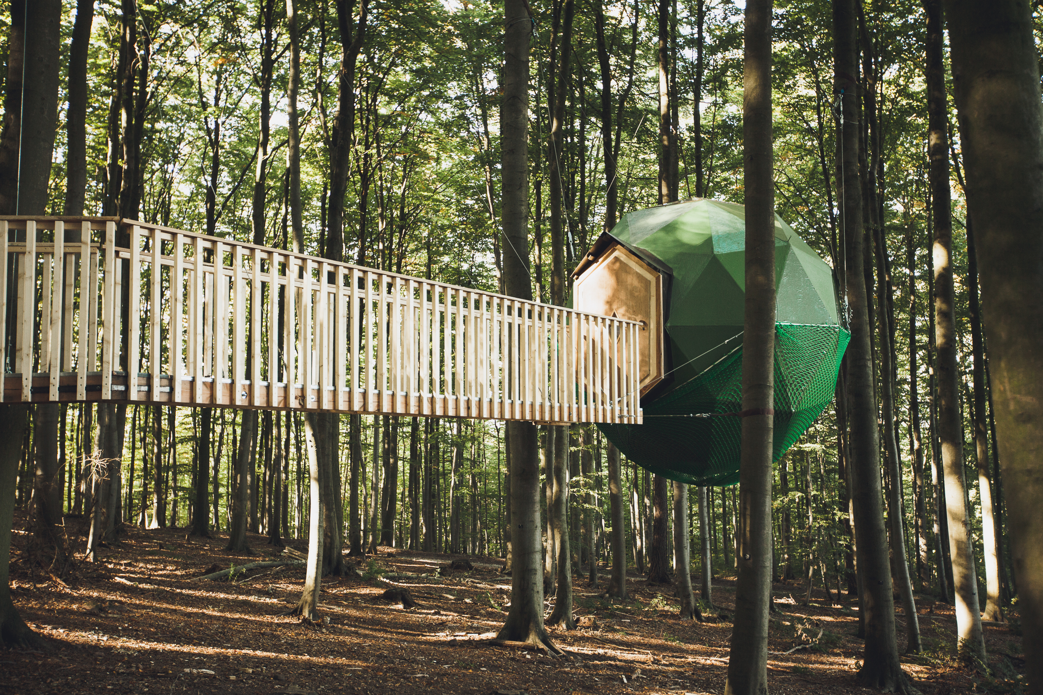 BALL TREEHOUSE - 2 PERSON