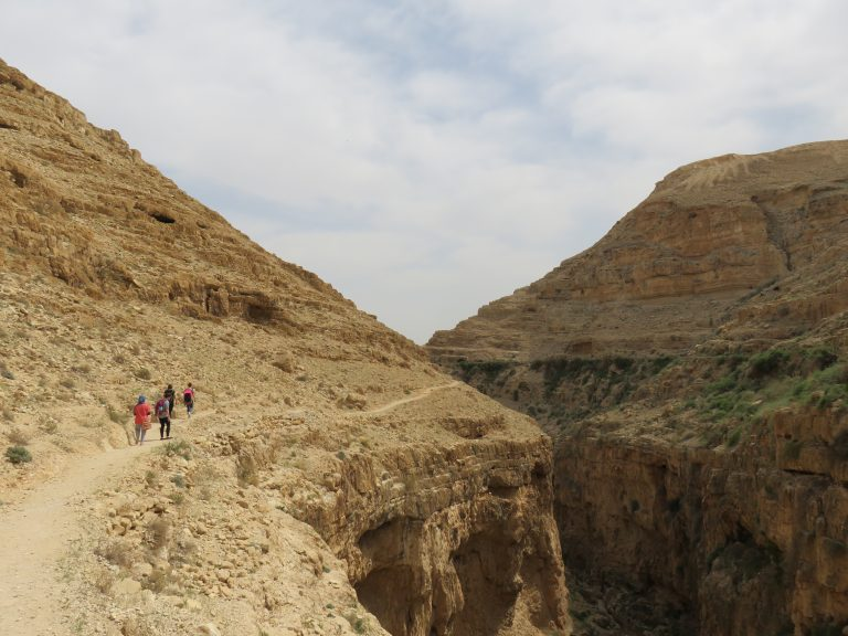Spring 2017 interns hike along the edge of Wadi Qelt near Jericho the first weekend after they arrived in Nablus.