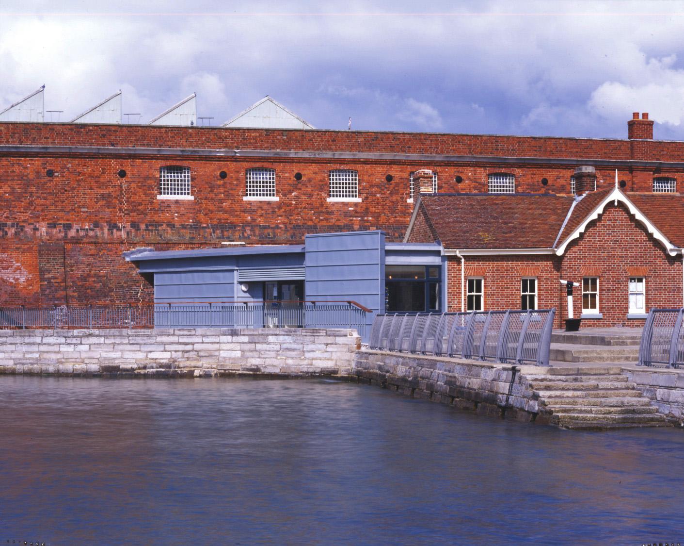 Portsmouth Tourist Information