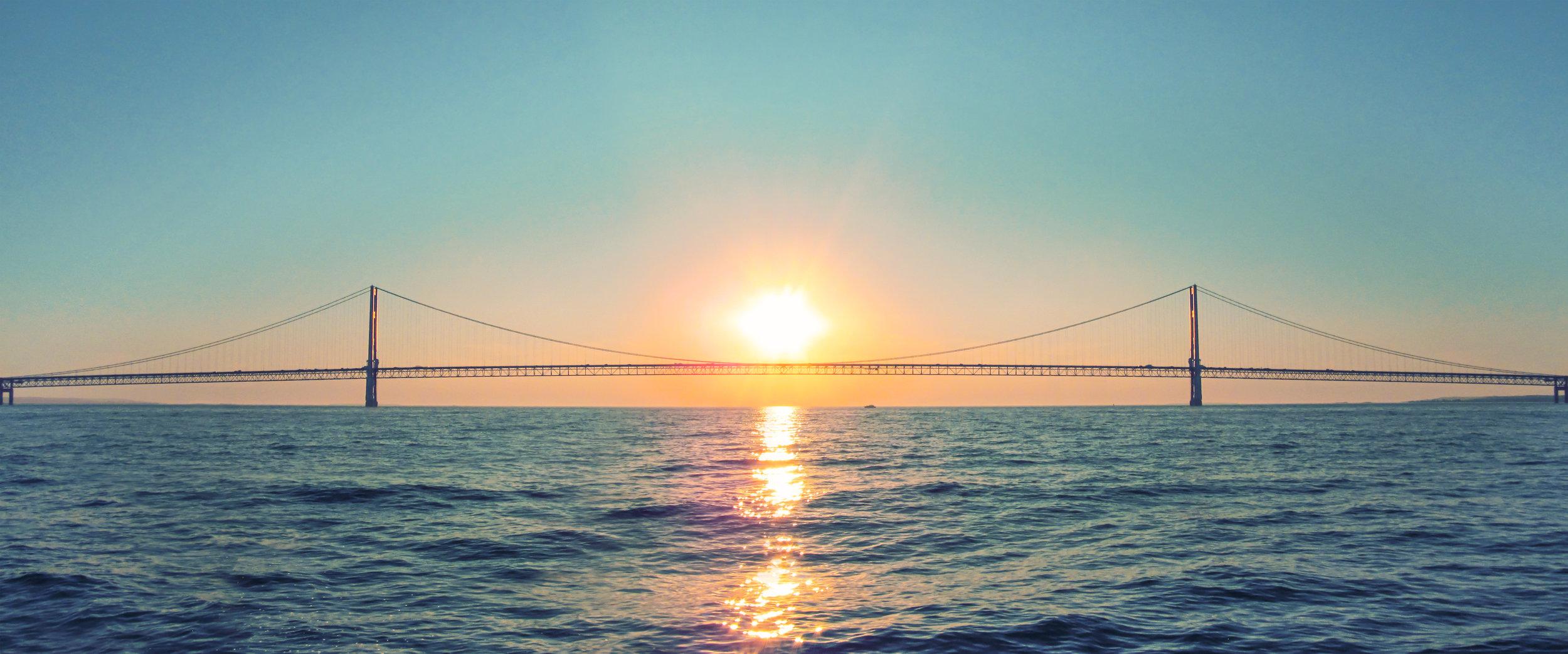 Pont + Soleil.jpg