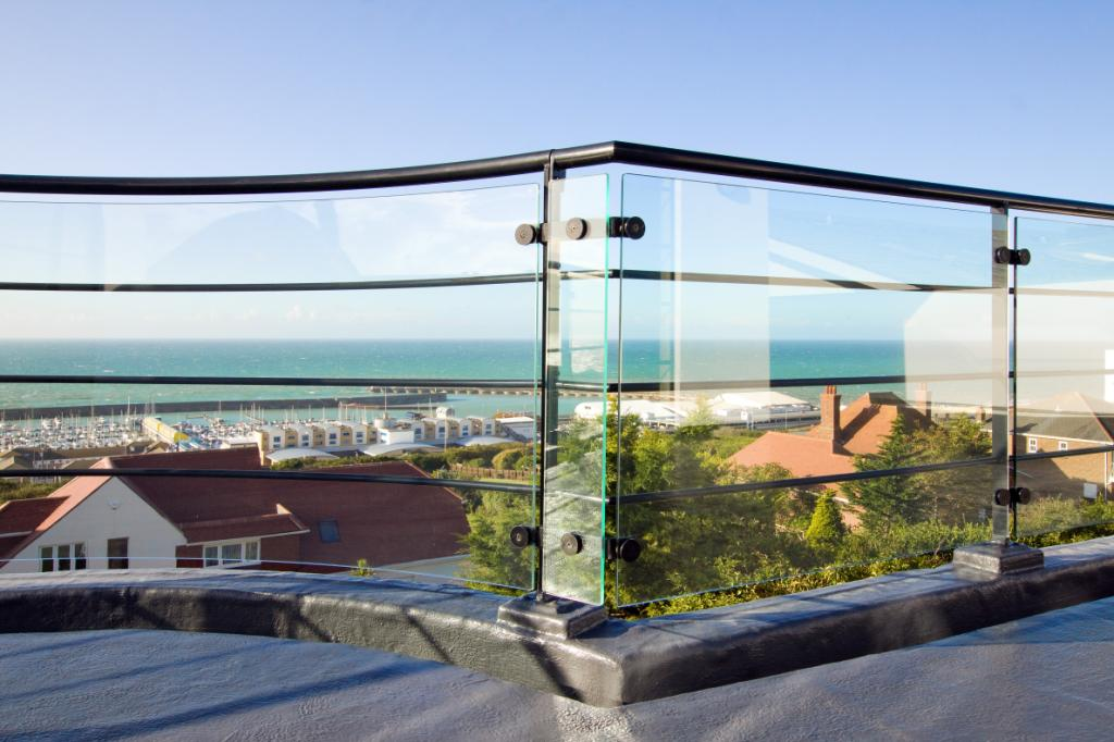 art deco glass balustrade sea view