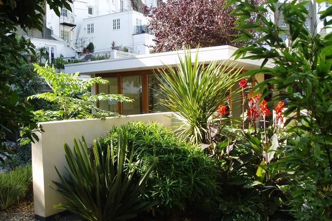 contemporary garden room -
