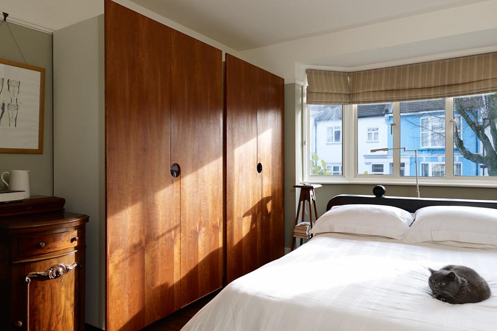 master bedroom bespoke wardrobes