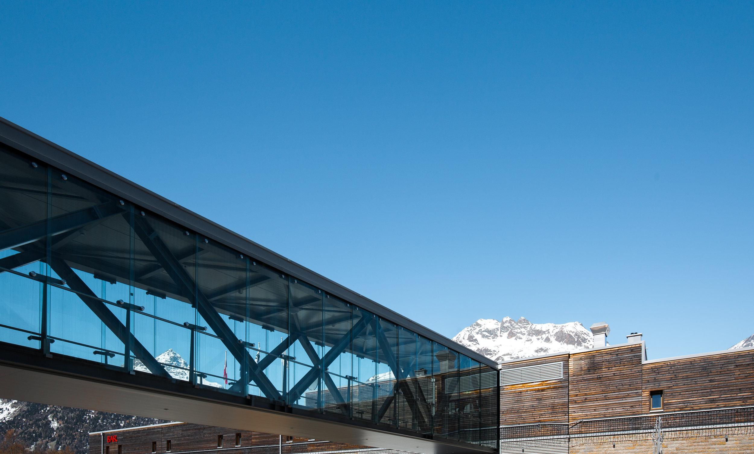 nira alpina-0801.jpg