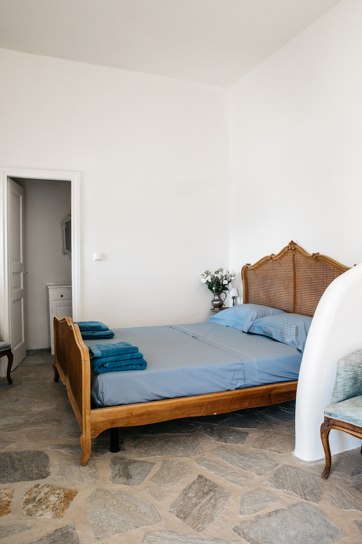 red-mullet-bedroom_renee-kemps.jpg