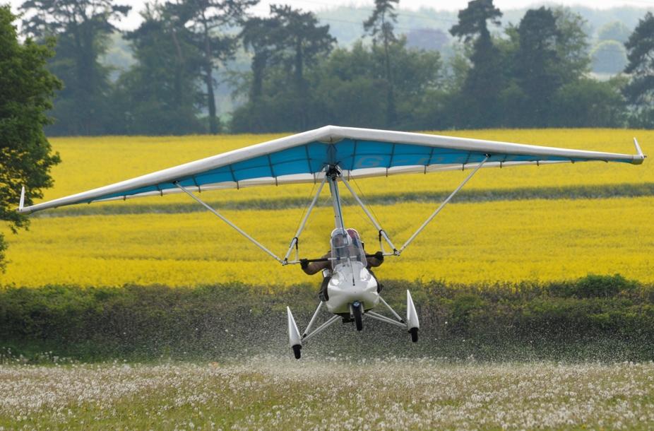 Quik R landing Chavenage.jpg