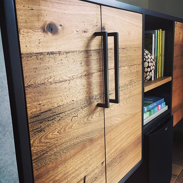 I am in love with the way this custom built media console turned out. This console is not only beautiful it is also extremely functional as it hides all the clients stereo equipment. Batteaux Creek Kitchens, where functionality meets beauty. It has a twin sister on the other side. Stay tuned for more pictures!#batteauxcreekkitchens #mediaconsole #antiqueelm #oilstainfinish #bookmatching