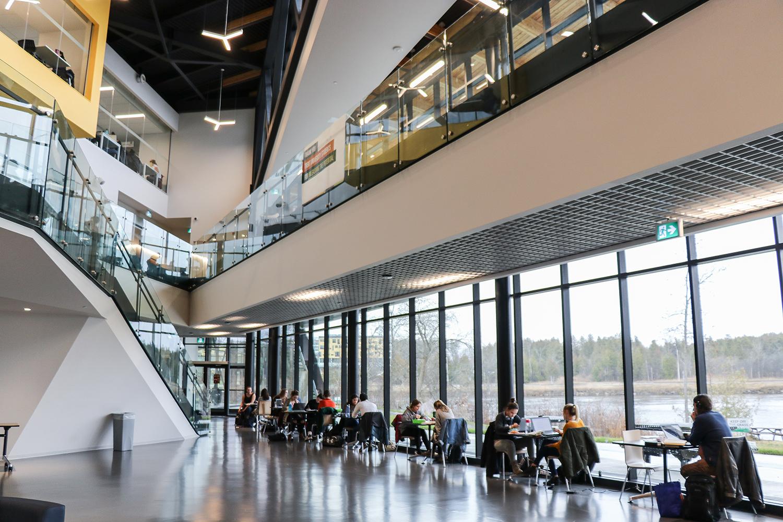 student-centre.slideshow.08.jpg