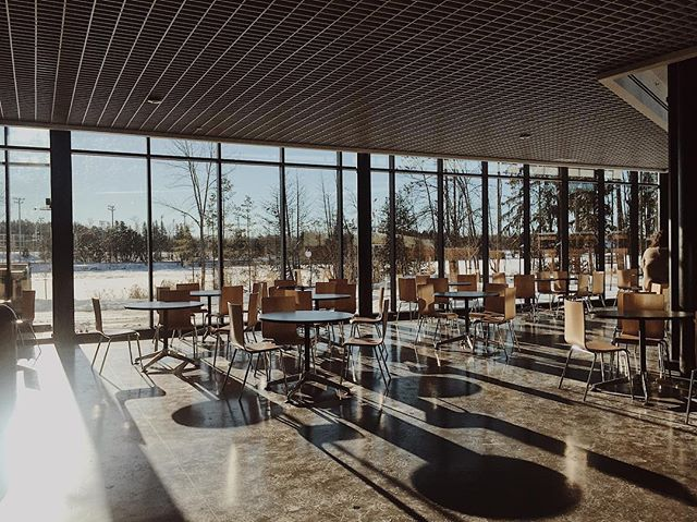 Everyone's been so busy lately that sometimes you forget to take a moment and pause to appreciate the moment and our surroundings. We'd like to take this moment to re-recognize how beautiful our building is and how grateful we are for this student space. Happy Monday. #trentu #trentuniversity #ptbocanada #ptboontario